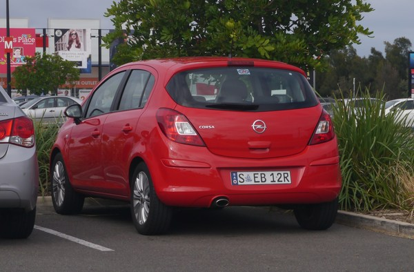 OPEL CORSA V 1.4 TURBO 100 S/S COLOR EDITION 3P Essence