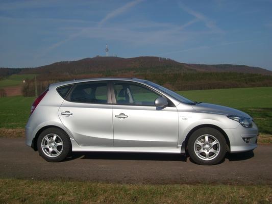 HYUNDAI I30 II 1.6 CRDI 110 PACK INVENTIVE LIMITED 3P Diesel