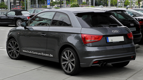 AUDI A1 SPORTBACK 1.2 TFSI 85 ATTRACTION PACK S LINE Essence
