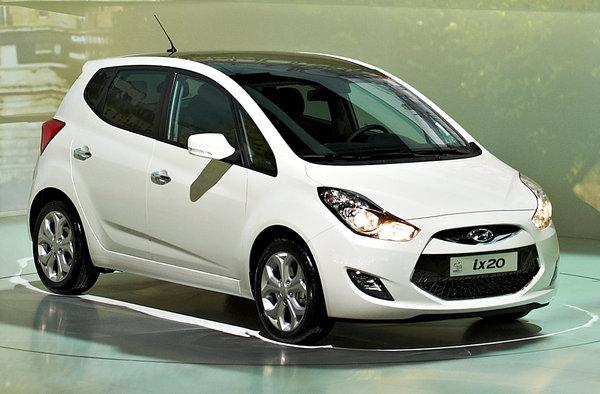 HYUNDAI IX20 1.6 CRDI 115 PACK BUSINESS BLUE DRIVE Diesel