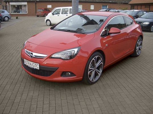 OPEL ASTRA IV (2) SPORTS TOURER 1.4 TURBO 140 COSMO Essence