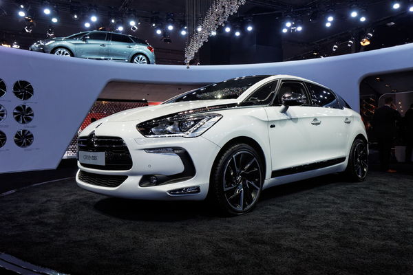 CITROEN DS5 THP 200 SPORT CHIC Essence