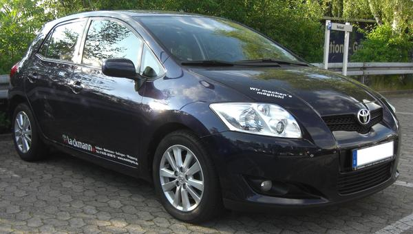 TOYOTA AURIS II TOURING SPORTS 124 D-4D FAP DYNAMIC Diesel