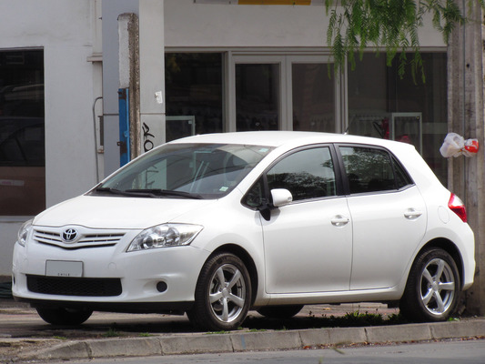 TOYOTA AURIS HSD DYNAMIC PACK CONFORT Hybride essence électrique