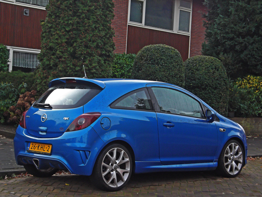 OPEL CORSA IV (2) 1.4 TWINPORT 100 COLOR EDITION 3P Essence