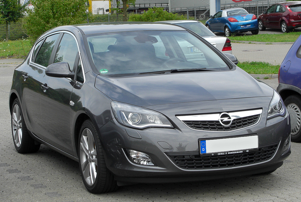 OPEL ASTRA IV GTC 1.4 TURBO 140 START/STOP SPORT Essence