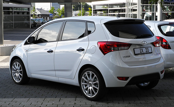 HYUNDAI IX20 1.4 90 PACK INVENTIVE LIMITED Essence